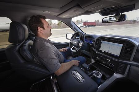 Ford presenta BlueCruise, su propio Autopilot de nivel 2: presume ser mejor que el de Tesla y estará disponible este año