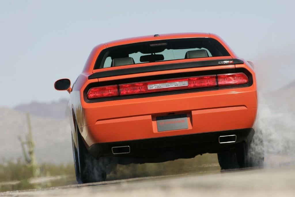 Foto de Dodge Challenger SRT8 (22/103)