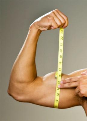 Patada de tríceps para un brazo más grande