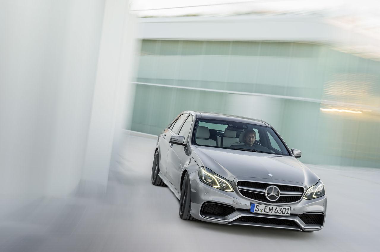 Foto de Mercedes-Benz E 63 AMG 2013 (12/31)