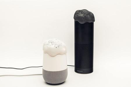 Este curioso dispositivo afirma ser un filtro que evitaría que Google Assistant o Alexa nos escuchen en todo momento