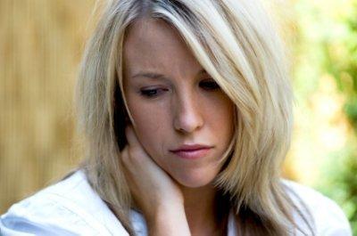 Relacionan la depresión postparto con una hormona producida por la placenta