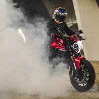 La Ducati Monster adelgaza 18 kg con ayuda del chasis de la Panigale V4 para 110 CV de magia italiana