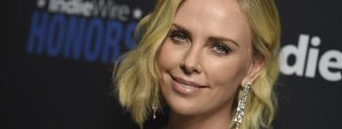 Así es el look con el que Charlize Theron se ha quitado 20 años de encima, eclipsando a Natalie Portman
