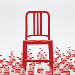 Foto 4 de 7 de la galería 111-navy-chair-reciclando-plastico-con-estilo en Decoesfera