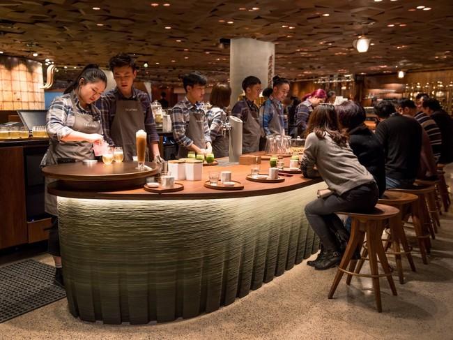 Starbucks abre su mayor cafetería de la historia en China (es alucinante y ocupa casi 3.000 m2)