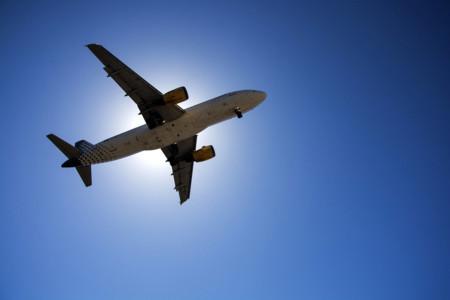 El WiFi cada vez en más aviones: Iberia y Vueling integrarán la tecnología de Gogo