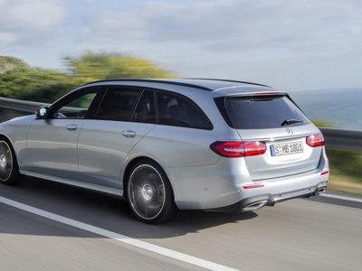 Si tienes 50.000 euros, puedes tener el enorme maletero del Mercedes-Benz Clase E Estate