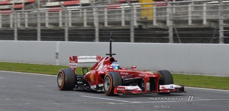 Fernando Alonso se muestra optimista de cara a la temporada 2013