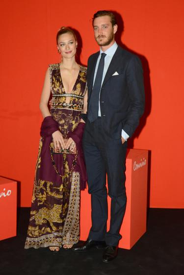 Beatrice Borromeo reaparece vestida de Valentino con un vertiginoso escote que hizo que muchos se olvidaran de comprobar si estaba embarazada
