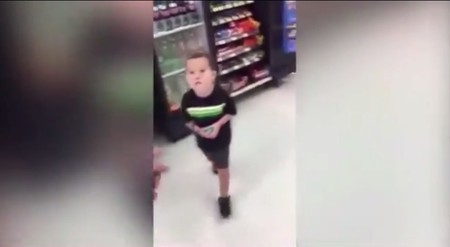 ¿Qué harías si descubres que tu hijo ha robado? La lección de un padre al darse cuenta que su hijo de tres años había robado una chocolatina