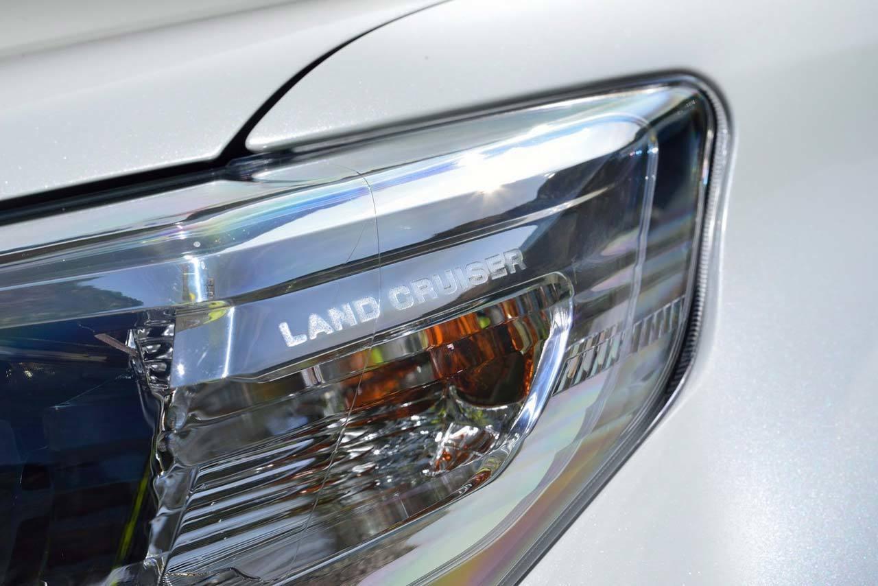 Toyota Land Cruiser 2014 11 30