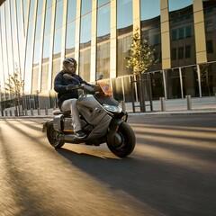Foto 30 de 56 de la galería bmw-ce-04-2021-primeras-impresiones en Motorpasion Moto