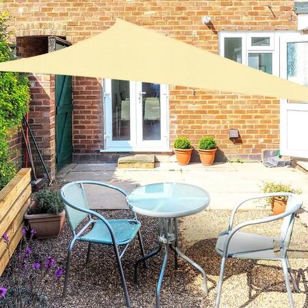 Toldos vela, la solución más funcional (y decorativa) para dar sombra a tu terraza, patio o jardín