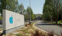 Apple quiere que sus vicepresidentes se queden hasta (como mínimo) el 2019