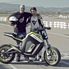 Foto 17 de 28 de la galería salon-de-milan-2012-volta-motorbikes-entra-en-la-fase-beta-de-su-motocicleta-volta-bcn-track en Motorpasion Moto