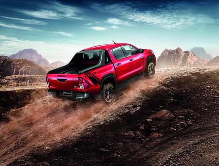 Toyota Hilux Rocco 4