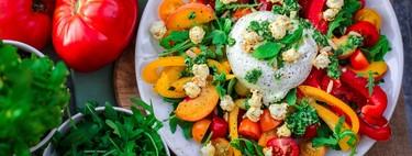Quieres comer sano y tu entorno te boicotea: así puedes hacerles frente