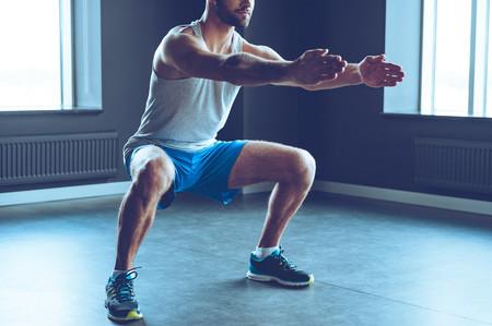 Tres rutinas para trabajar tus piernas en casa o en el gimnasio