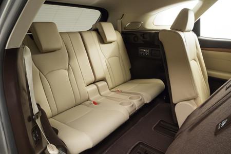 Lexus RX 450h L tercera fila asientos