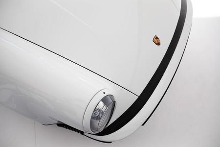 Lanzante Porsche 911 TAG F1