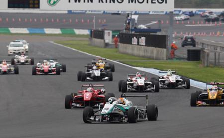 Fórmula 3 por el mundo: Yuichi Nakayama arrasa en la Fórmula 3 japonesa