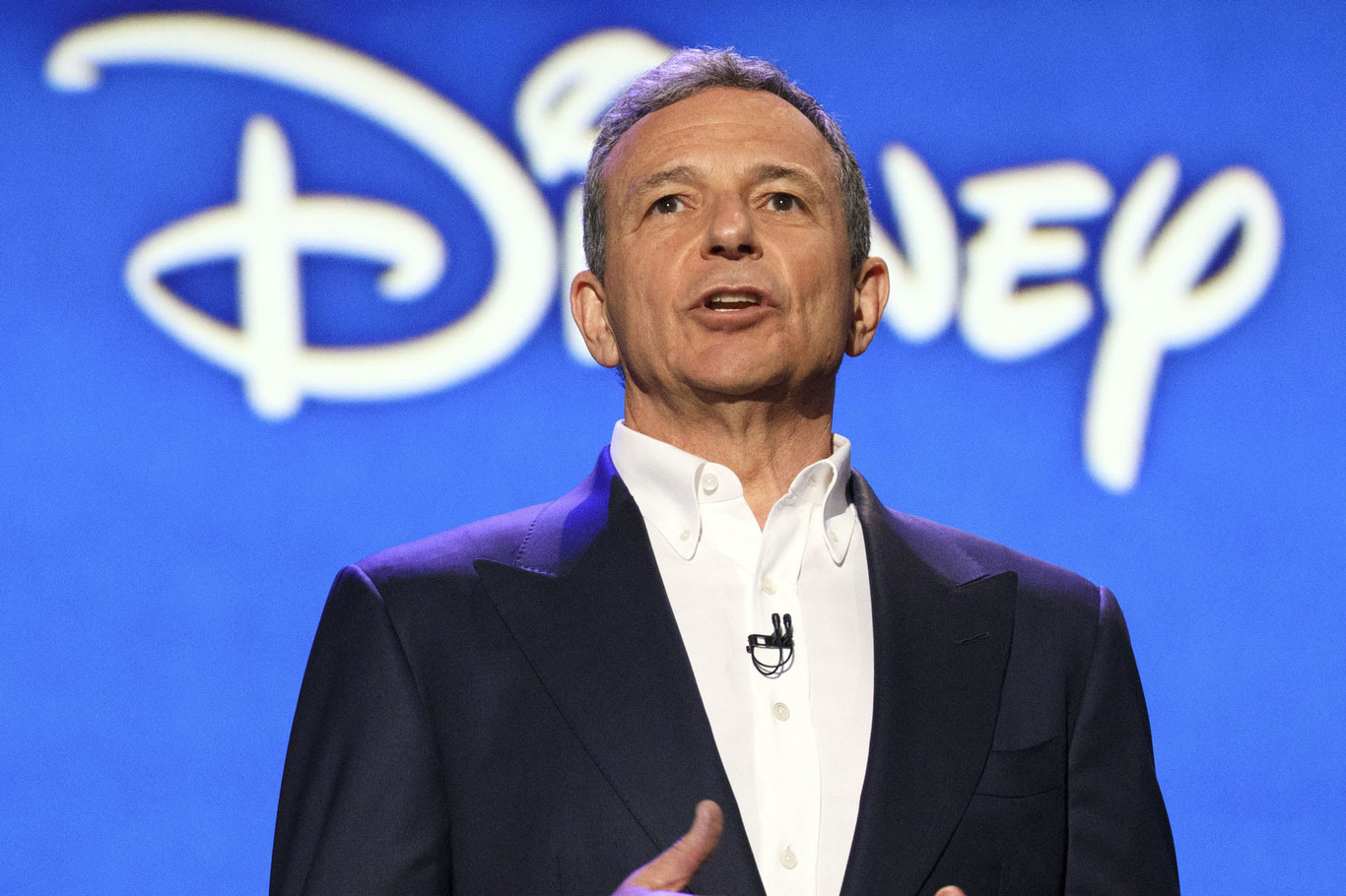 Bob Iger, CEO de Disney, abandona la junta directiva de Apple