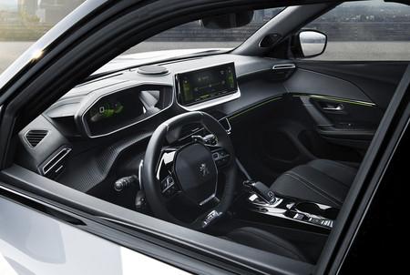 Peugeot 2008 2020 6