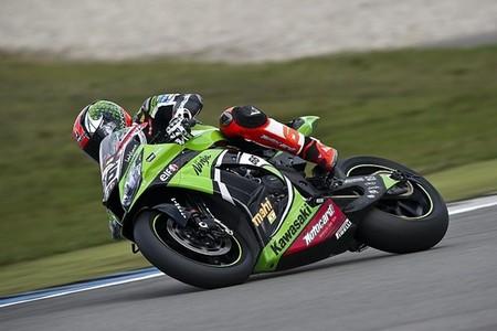 Superbikes Italia 2013: Tom Sykes vuelve a volar un sábado más y consigue la Superpole