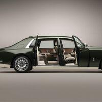 Rolls-Royce Phantom Oribe de Hermès: el excesivo encargo del multimillonario que viajará a la Luna en la nave de Elon Musk