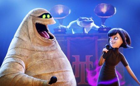 Una imagen de Murray, Wayne y Mavis, personaje al que da voz Selena Gomez (Clara Lago en España)