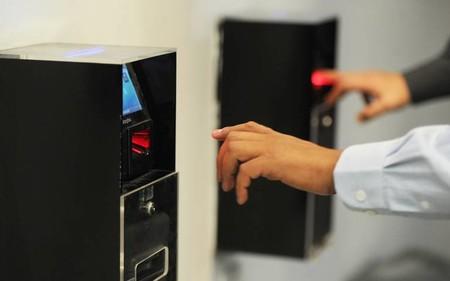 La validación de huellas dactilares será necesaria para retirar más de 9,600 pesos en los bancos de México