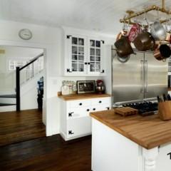Foto 8 de 8 de la galería las-casas-de-los-famosos-renee-zellweger-vende-su-casoplon-en-connecticut en Poprosa