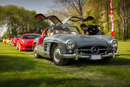 Cars & Coffee Mercedes 300 SL
