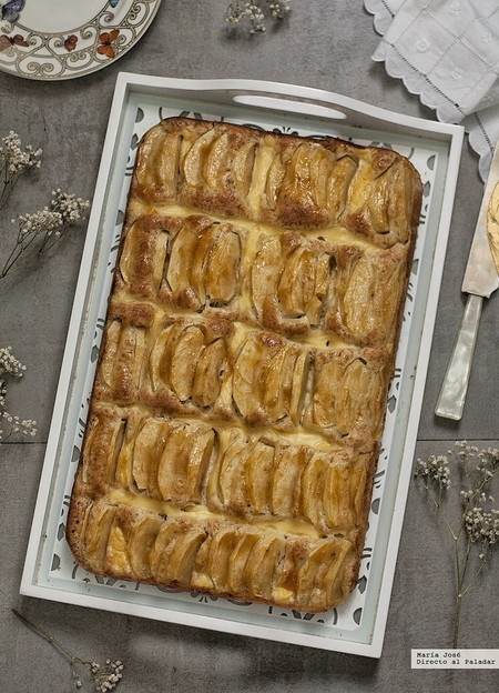 bizcocho de manzana y crema pastelera