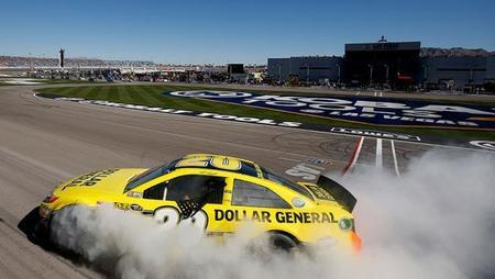 Matt Kenseth se estrena con Joe Gibbs Racing en Las Vegas