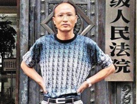 """El bloguero chino que ha pasado un año en un """"campo de trabajo"""" por denunciar la corrupción de Bo Xilai"""