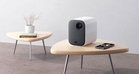 Xiaomi Mi Smart Compact Projector, hasta 200 pulgadas de proyección y con Android TV