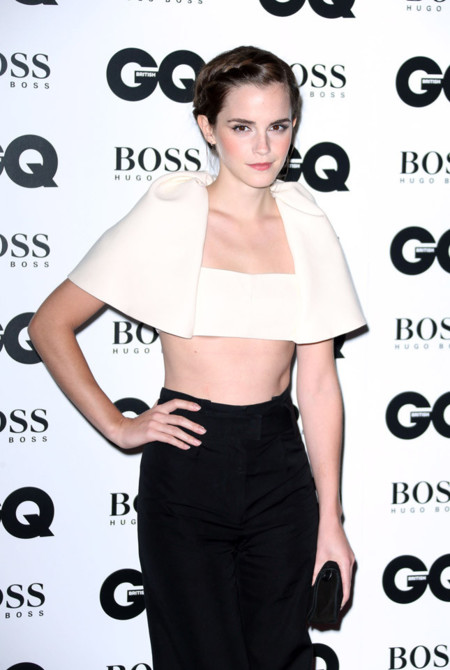 ¿Es Emma Watson? ¡Balenciaga fíchala por Kristen Stewart!