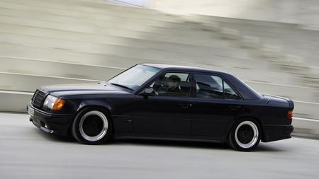 Mercedes 300E AMG