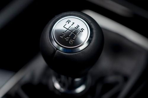 Save the manuals! En México todavía se venden 94 modelos con tres pedales (y 16 son deportivos)