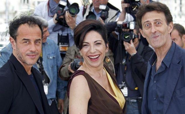 Garrone, Simioli y Paone