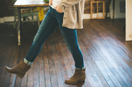 Ofertas en tallas sueltas de botas Quiksilver, Levi's o Dockers por menos de 50 euros en Amazon