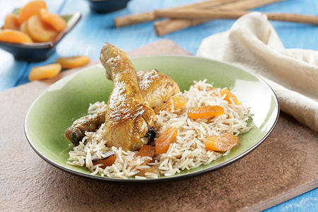 Receta de pollo al curry de madrás con arroz basmati y coco