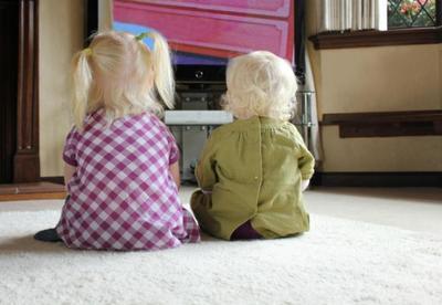 El 36% de la programación infantil se salta a la torera el horario protegido