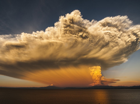 Puerto Varas Volcano Chile 90499 990x742