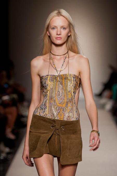 Clonados y pillados: la falda it de Isabel Marant en las garras de Pull & Bear