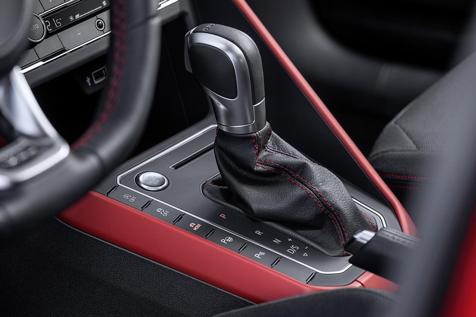 Foto de Volkswagen Polo GTI (13/15)