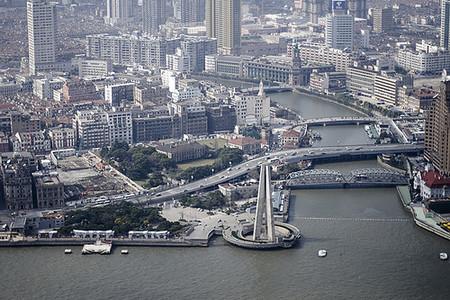 China supera su propia meta de crecimiento: 8,7%