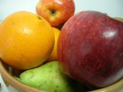 Los españoles comemos poca fruta